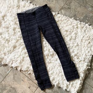 Lululemon Navy Stripe Cropped Leggings